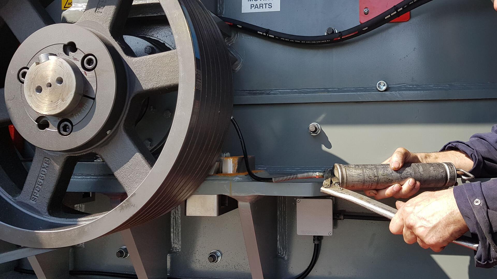 Servizio assistenza cliente macchina riciclo e smaltimento rifiuti ITR Omar Impianti