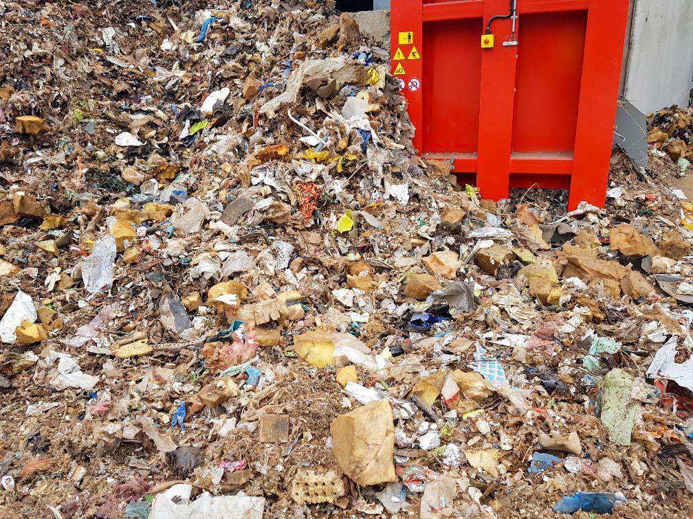materiale ingombrante prima dell'inizio lavorazione smaltimento rifiuti